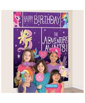 MLP Friendship Adventures 17 Pc Scene Setter & Photo Props