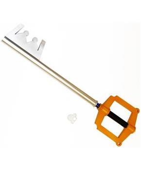 "Kingdom Hearts 34"" Keyblade To The City Foam Prop Replica"