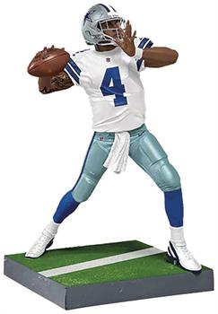 Dallas Cowboys NFL Madden 18 Ultimate Team Series 2 Figure: Dak Prescott