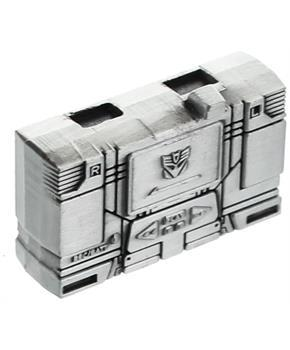 Transformers Masterpiece Soundwave Premium Mini Cassette