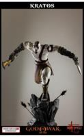 God of War: Lunging Kratos 1/4 Scale Statue